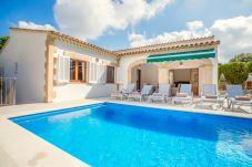 Villa in Cala Sant Vicenç - Beach Villa Mir Sohn