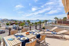 Ferienwohnung in Port de Pollença - Beachfront Apartment Faroles 1