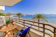 Ferienwohnung in Port de Pollença - Beachfront Apartment Simar