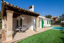 Villa in Cala Sant Vicenç - Beach Villa Peyro