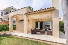 Villa en Port de Pollença - Beach Villa Pinaret
