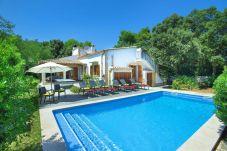 Villa en Cala Sant Vicenç - Villa Pi Tort