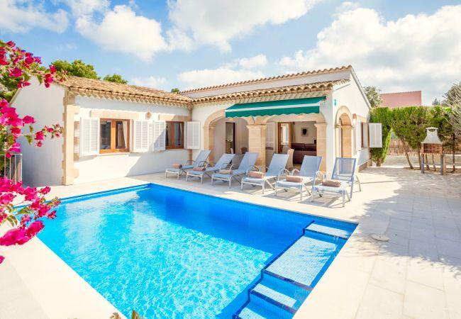 Villa in Cala Sant Vicenç - Beach Villa Sohn