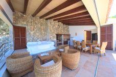 Villa in Cala Sant Vicenç - Beach Carbo