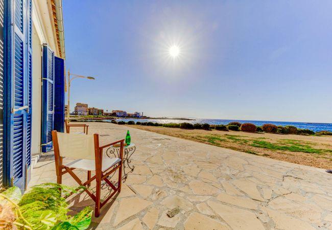 Apartment in Colònia de Sant Jordi - Migjorn Playa Seafront